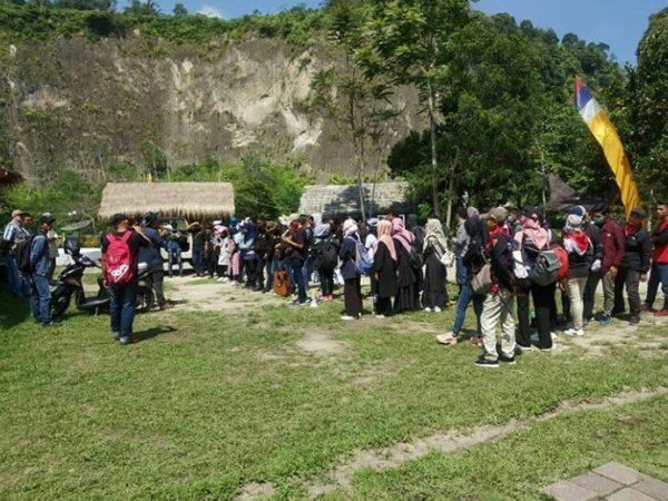 Kuliah Lapangan Geowisata STTIND Padang Ke Kawasan Geopark Ngarai Sianok - Maninjau