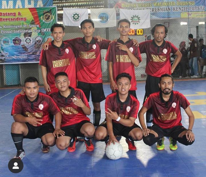 Tim Futsal Mahasiswa Teknik Industri STTIND Padang Memeriahkan Industrial CUP 2019